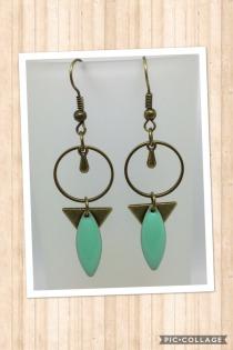 boucles-d-oreille-boucle-d-oreille-bronze-et-email-20892537-img-3987-1-jpg-935b6_570x0